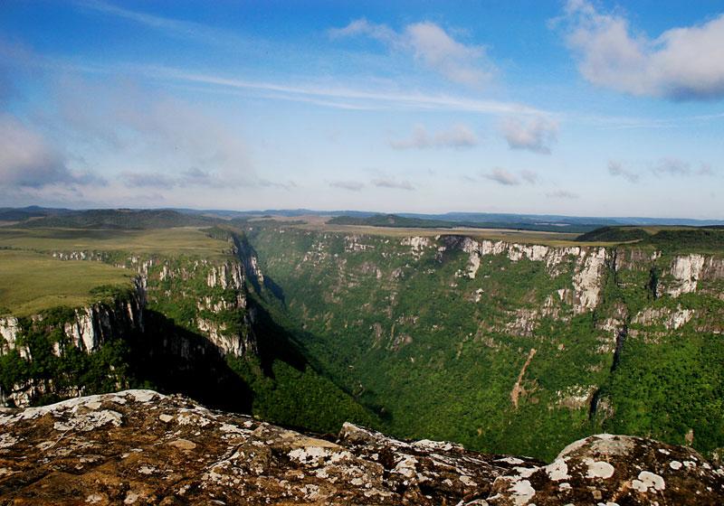 Cânion Itaimbezinho, no Parque Nacional de Aparados da Serra